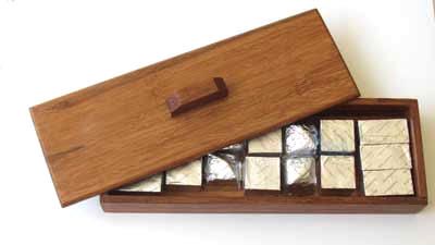 Small bamboo box suitable for jewelry, trinkets or as a chocolate gift box.